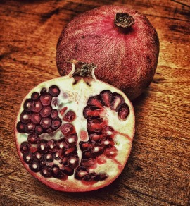 pomegranate-66538_960_720