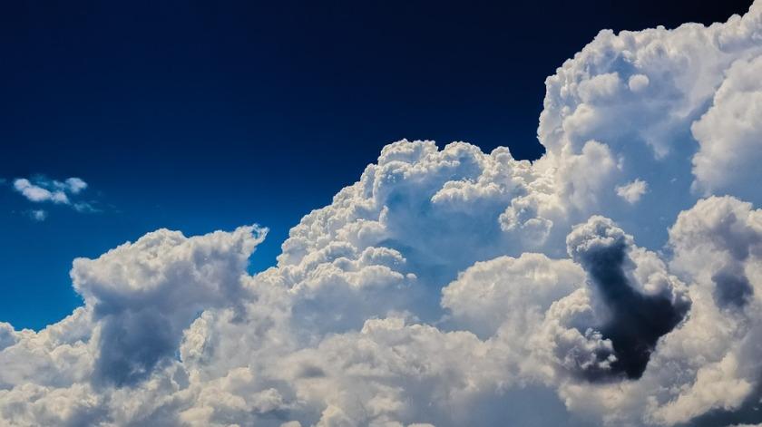 clouds-2329680_960_720